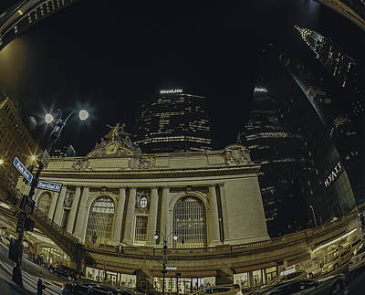 Mamiya Photograph - Grand Central Terminal And The Chrysler Building by Darren Maxwell