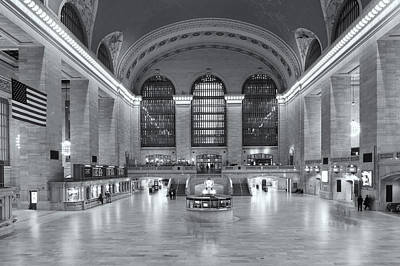 Concourse Photograph - Grand Central Terminal II by Clarence Holmes