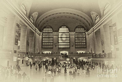 Photograph - Grand Central Terminal Vintage by Steve Purnell