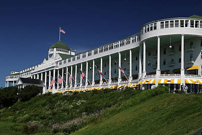 Photograph - Grand Hotel Mackinac Island 2 by Mary Bedy