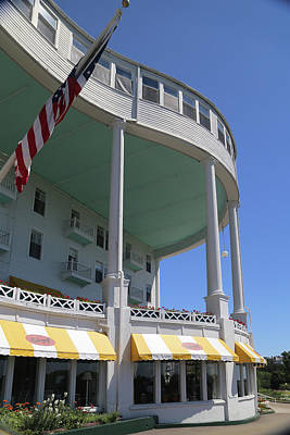 Photograph - Grand Hotel Mackinac Island 3 by Mary Bedy