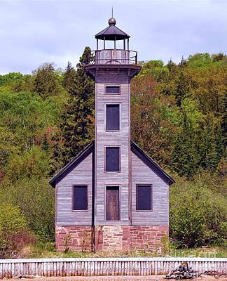 Photograph - Grand Island East Channel Lighthouse Near Munising Michigan by Terri Gostola