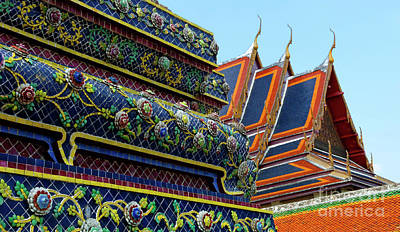 Photograph - Wat Phra Chetuphon Bangkok 2 by Bob Christopher