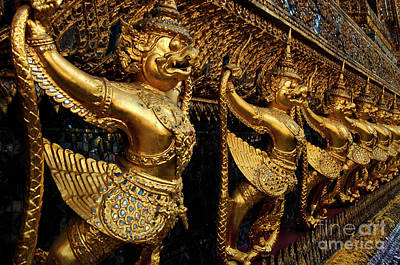 Photograph - Grand Palace Bangkok 3 by Bob Christopher