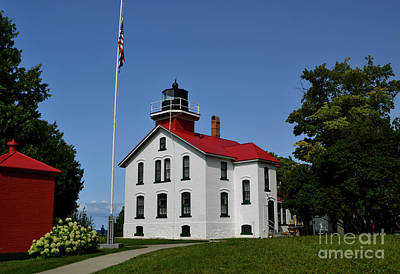 Photograph - Grand Traverse Lighthouse by Amy Lucid
