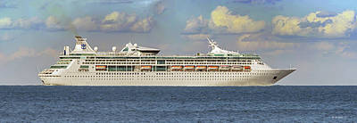 Photograph - Grandeur Seas Cruise Ship - Pano by Brian Wallace