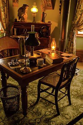 Grandpa's Desk Original by Qingrui Zhang