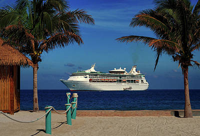 Photograph - Granduer Of The Seas Anchored At Coco Cay by Bill Swartwout
