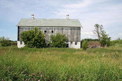 Photograph - Grandview Barn by Dylan Punke