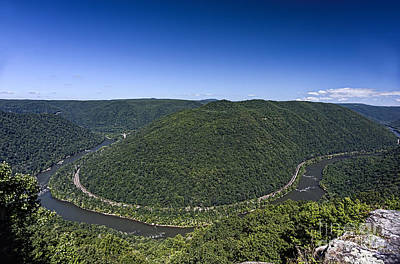 Photograph - Grandview Park At The Main Overlook by Dan Friend