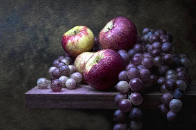 Harvest Photograph - Grapes With Apples by Tom Mc Nemar