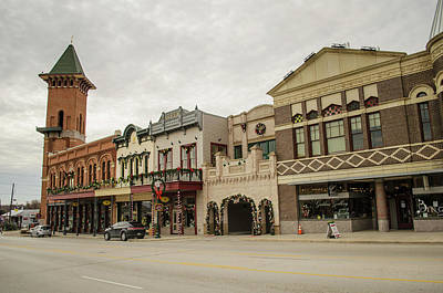 Photograph - Grapevine Texas Downtown by Allen Sheffield