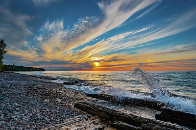 Photograph - Graveyard Coast Sunset by Gary McCormick