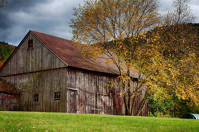 Photograph - Gray Weathered Barn Number One by Jeff Folger