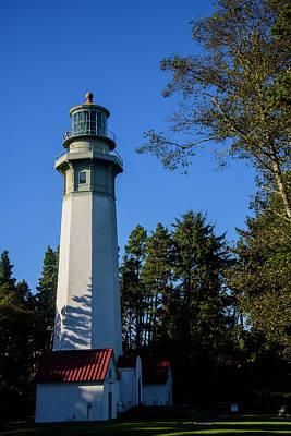 Photograph - Gray's Harbor Lighthouse by Robert Potts