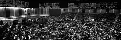 Grayscale Panoramic View Of Chicago Mercantile Exchange Art Print