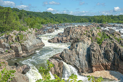 Photograph - Great Falls Of The Potomac River South Falls Ds0103 by Gerry Gantt