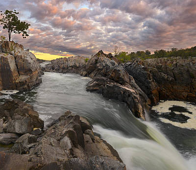 Photograph - Great Falls Skyline by Bernard Chen