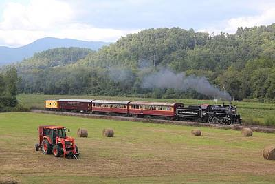 Photograph - Great Smoky Mountains Railroad 40 by Joseph C Hinson Photography