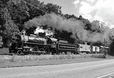 Photograph - Great Smoky Mountains Railroad 9 2 E by Joseph C Hinson Photography