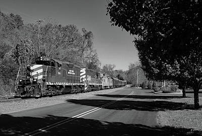 Photograph - Great Smoky Muontains Railroad 2014 Z B W by Joseph C Hinson Photography