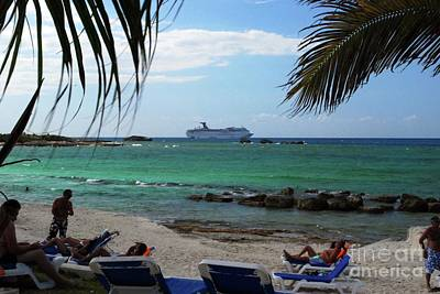 Photograph - Great Stirrup Cay by Gary Wonning