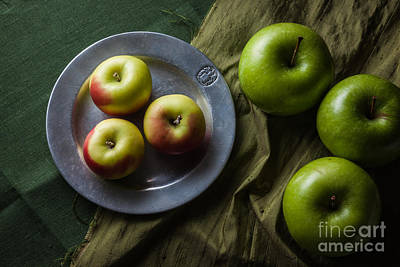 Photograph - Green And Yellow Apples by Ana V Ramirez
