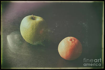 Photograph - Green Apple And Tangerine by Jimmy Ostgard