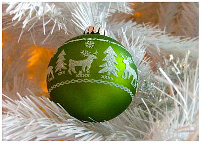Photograph - Green Ball Tree Ornament by Stan  Magnan