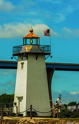 Photograph - Green Bay Harbor Light by Jeff Kurtz