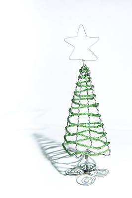 Photograph - Green Bead Christmas Tree by Helen Northcott