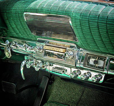 Photograph - Green Dash by Marvin Borst