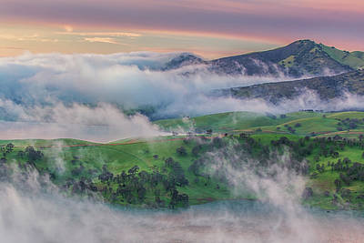 Brentwood Photograph - Green Hills And Fog At Sunrise by Marc Crumpler