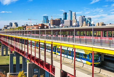Green Line Light Rail In Minneapolis Art Print