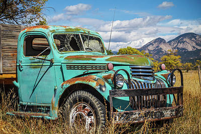 Photograph - Green Mountain Truck by Steven Bateson