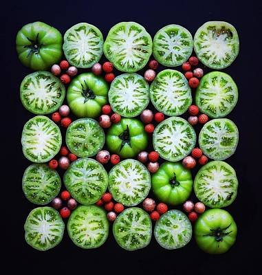 Green Tomato Slice Pattern Art Print