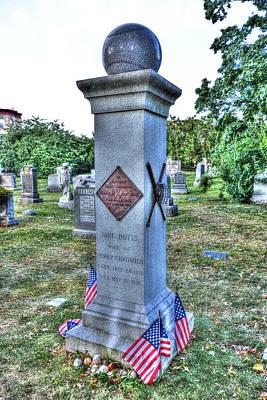 Green-wood Cemetery 56 Original by Randy Aveille