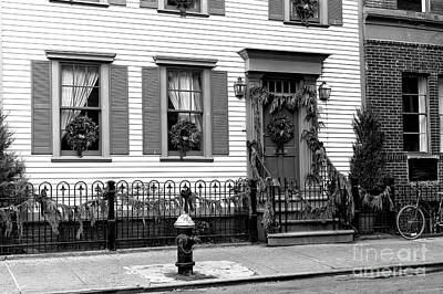 Photograph - Greenwich Village Christmas House New York City by John Rizzuto