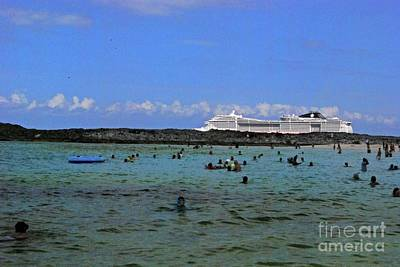 Photograph - Greta Stirrup Cay by Gary Wonning