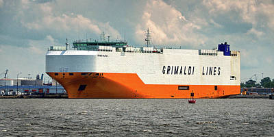 Photograph - Grimaldi Lines Grande Halifax 9784051 At Curtis Bay by Bill Swartwout Fine Art Photography