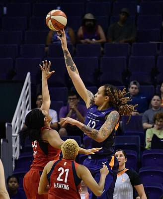 Wall Art - Photograph - Griner V Thomas by Devin Millington