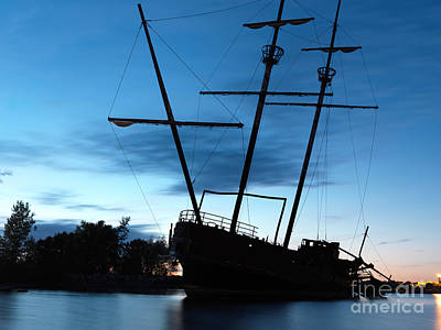 Grounded Tall Ship Silhouette Art Print
