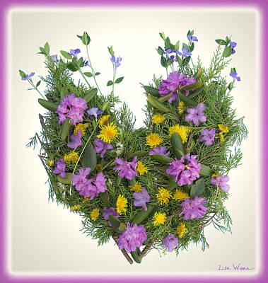 Digital Art - Growing Heart by Lise Winne