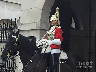 Photograph - Guard London  by Suzanne Lorenz