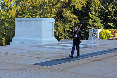Photograph - Guarding The Tomb Of The Unknowns by Cora Wandel