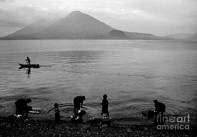 Photograph - Guatemala_47-15 by Craig Lovell