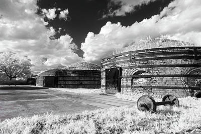 Photograph - Guignard Kilns In Ir by Charles Hite