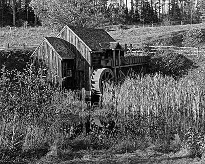 Photograph - Guildhall Vermont Grist Mill Black And White by Toby McGuire