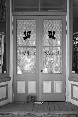 Photograph - Guinda Salon by Richard J Cassato
