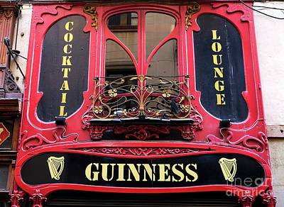 Photograph - Guinness In Barcelona by John Rizzuto